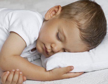 Comment choisir le bon oreiller pour votre enfant